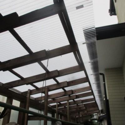 宇都宮市 火災保険適用一部雨樋交換・ストックヤード屋根貼替工事