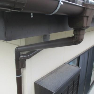 8/8  リフォーム施工事例更新しました。「火災保険適用雨どい交換工事」