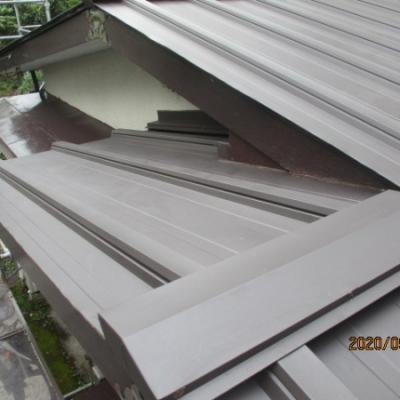 9/15 リフォーム施工事例更新しました。「瓦棒屋根カバー工法」