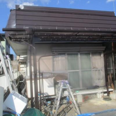 宇都宮市 内部塗装、テラス鉄部塗装、波板貼り替え、木部一部補修工事