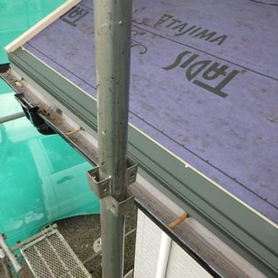 宇都宮市 外壁塗装・屋根カバー工事 14日目 下屋根カバー工事 板金撤去 ルーフィング貼り 下地取付