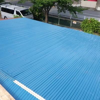 宇都宮市 屋根改修工事 2日目 波板貼り「カバー工法」