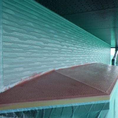 宇都宮市 外壁塗装工事 八日目 軒天外壁取り合い塗装、軒樋と鼻隠しい塗装、板金塗装