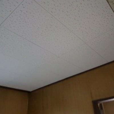 内装リフォーム工事  床、天井雨漏り補修  完工です。